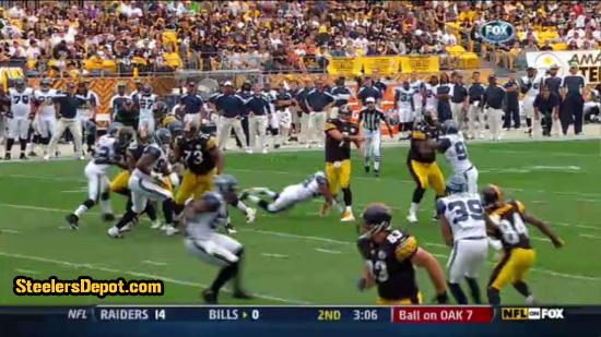 Raheem Brock hit on Ben Roethlisberger 8